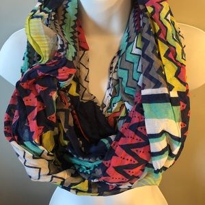 Accessories - Set of 4 Infinity Scarves